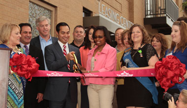 1800 Broadway Ribbon Cutting